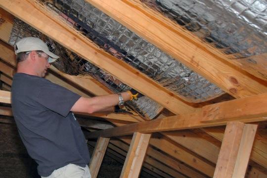 Hoe dak isoleren: tips dakisolatie kiezen en belangrijke weetjes