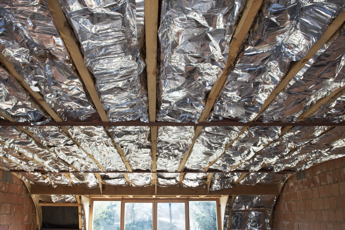Dampscherm plat dak isoleren