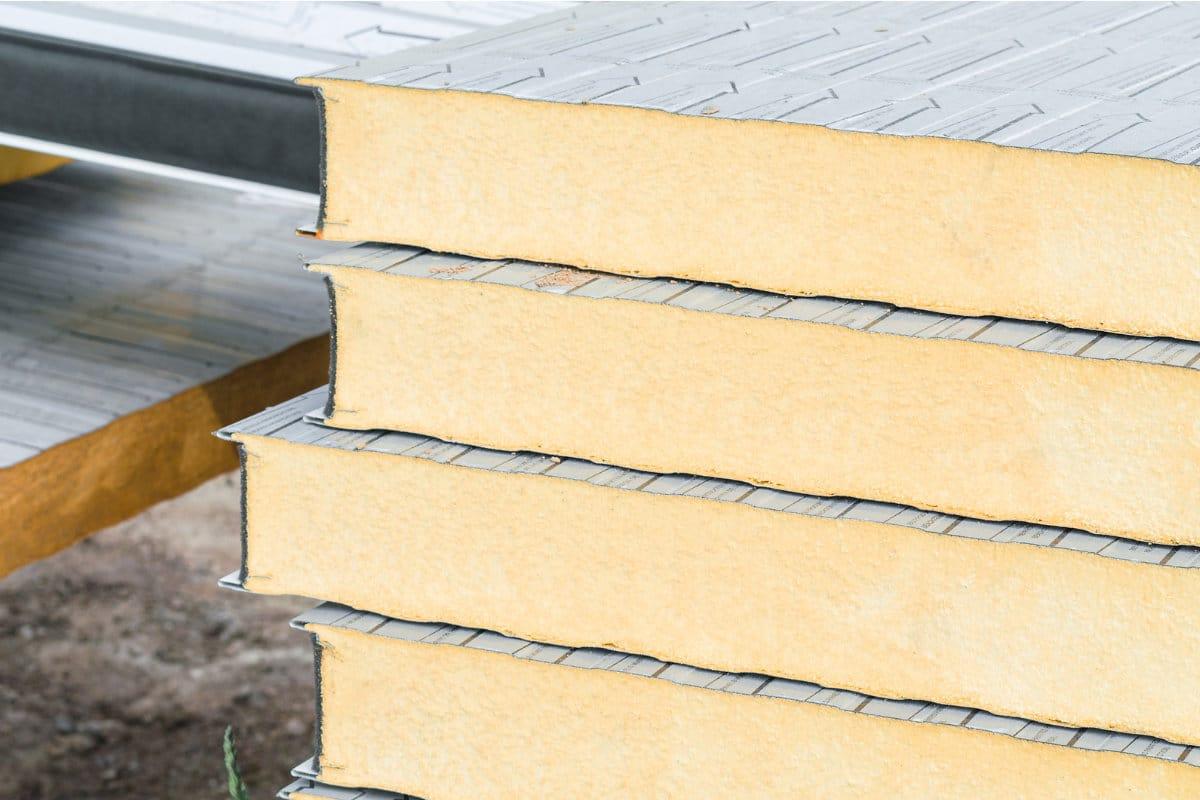 Omgekeerd dak: informatie voor en nadelen & kostprijs